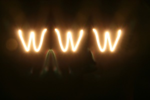light-up-the-web-1193828-1279x852